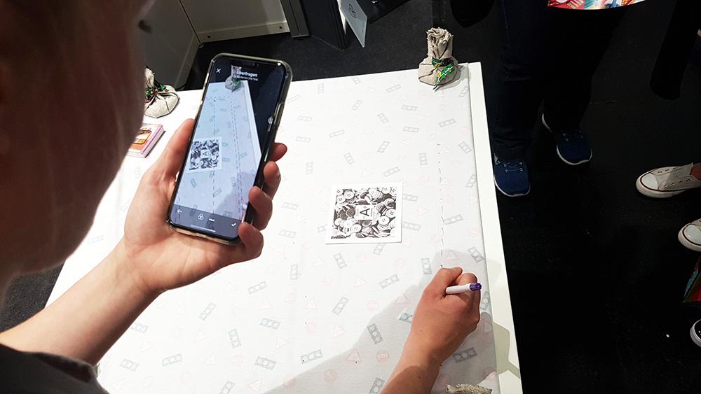 Schnittmuster per Augmented Reality übertragen